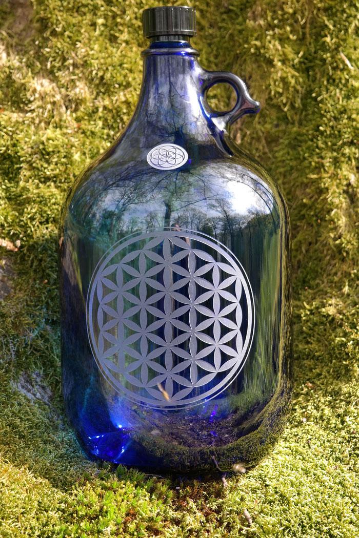 5L Flasche , 5000ml , freiglas , wasserkaraffe , karaffe , krug , wasserspender , blume des lebens, wasserflasche , trinkflaschelebensblume, saat des lebens, blaues glas, Henkelflasche, karaffe