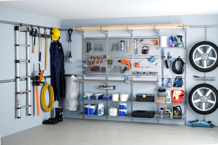 Elfa Garageneinrichtung, Regale für Keller, Regale für Garage, Abstellraum, Hobbyraum