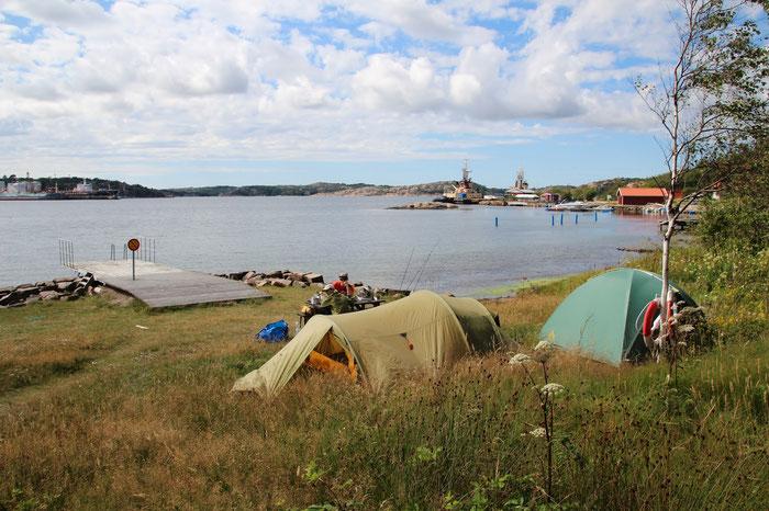 Our first camp in Sweden, flyfishing trip Danica Dudes | Angeln, Fliegenfischen in Schweden auf dem Weg nach Norwegen