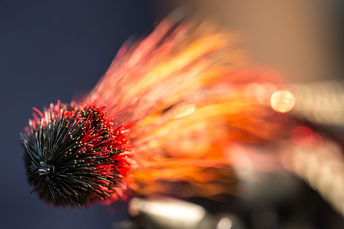 Fly Tying a streamer for pike fishing - Danica Dudes flyfishing blog