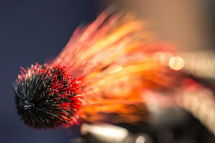 Fly Tying a streamer for pike fishing - Danica Dudes flyfishing blog