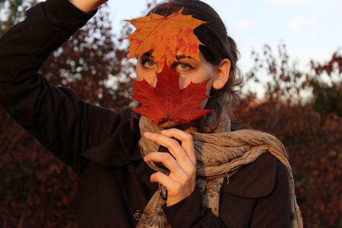 mädchen, hippie, herbstlaub, maske, ahornblätter, frau, blättermaske, herbst