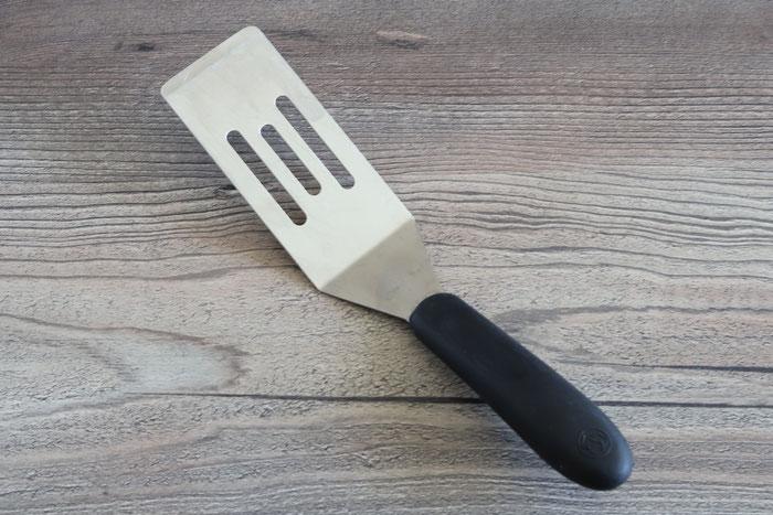 Grobe Microplane Reibe mit Restehalter aus dem Pampered Chef Onlineshop kaufen