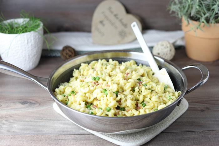 Nudeln mit Speck, Erbsen und Ei in der Edelstahl Wokpfanne aus dem Pampered Chef Onlineshop