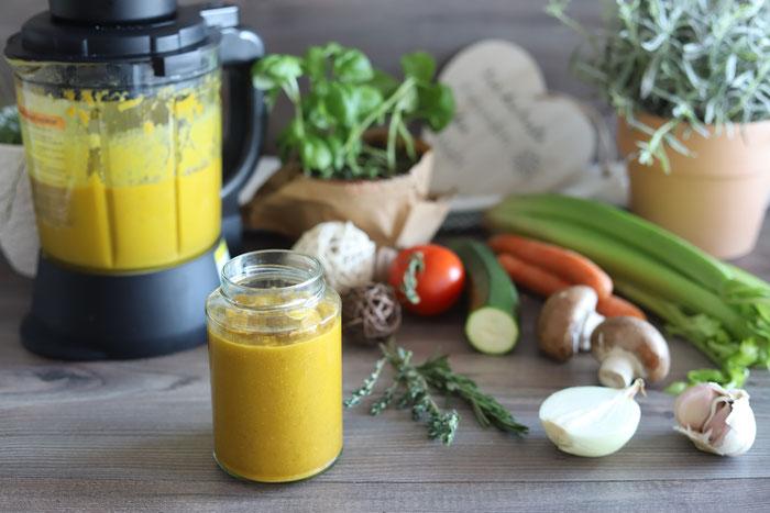 Gemüsebrühe oder Gemüsepaste aus dem Blender von Pampered Chef