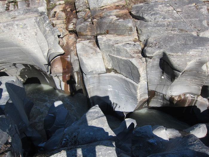Canyon in Sarvesvagge, Sarek