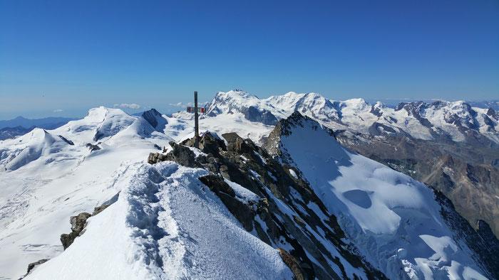 Gipfel Dom, 4545m