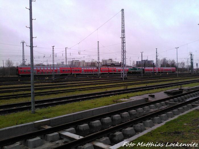 5 Dostowagen  Eine Defekte LDS BR 293 In Rostock Hbf am 3.2.13