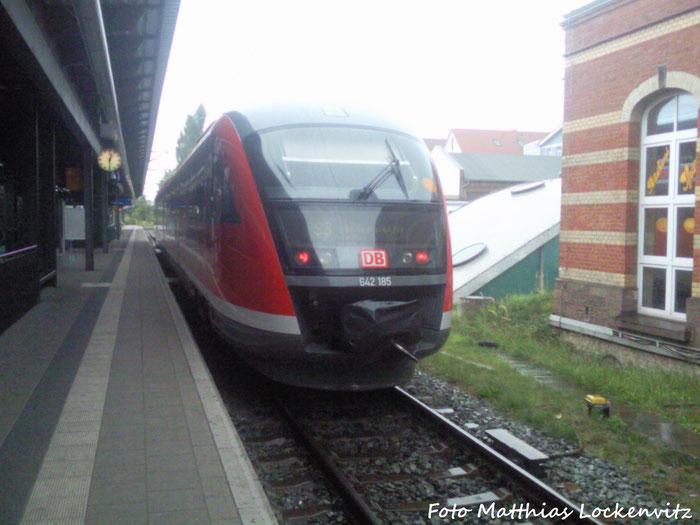 642 185 Im Bahnhof Rostock Hbf