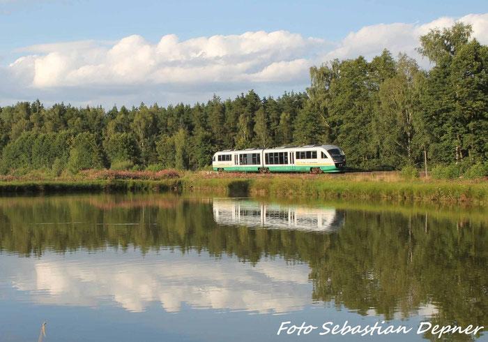 BR 642  der Vogtlanbahn kurz nach Wiesau