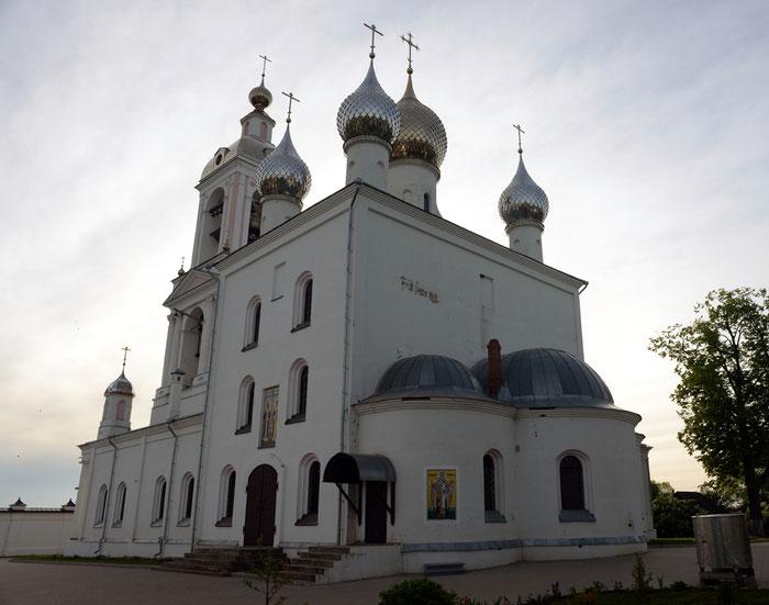Мужской монастырь Животворящего Креста Господня с. Погост Крест