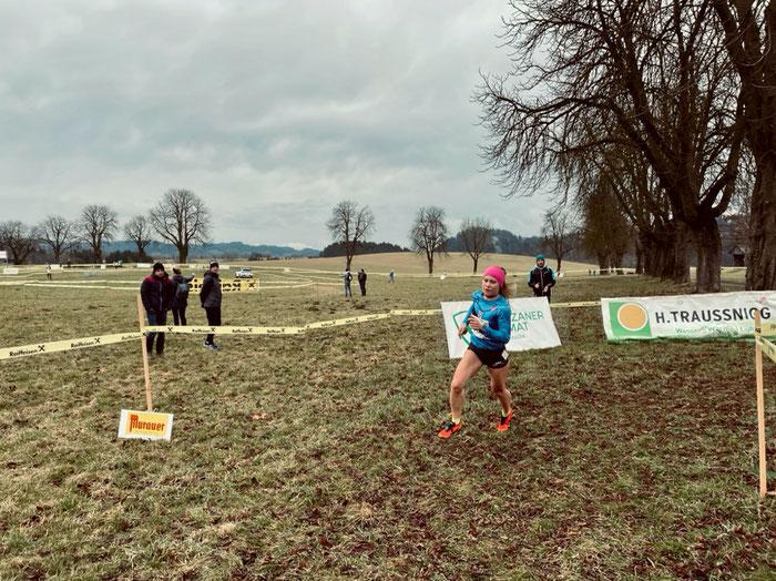 Julia Mayer persönliche Bestzeit Crosslauf Meisterschaften Mooskirchen DSG Wien ÖLV Heeressport ASICS Sieg Österreich Köflach