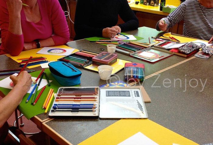 Kunterbunter Kurs: Zentangle® & Farbe