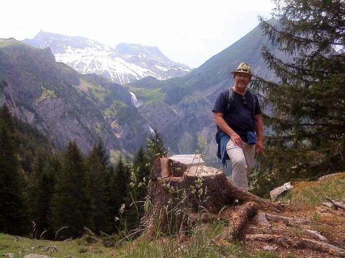 Fantastische Bergwelt in Adelboden BE mit Aussicht auf Engstligenalp und Wildstrubel