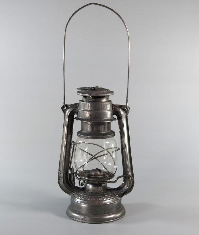 Industrias Metalurgicas-SAG-DIAMENTE (DIAMOND) Unknown Diamond Milling marked Lantern