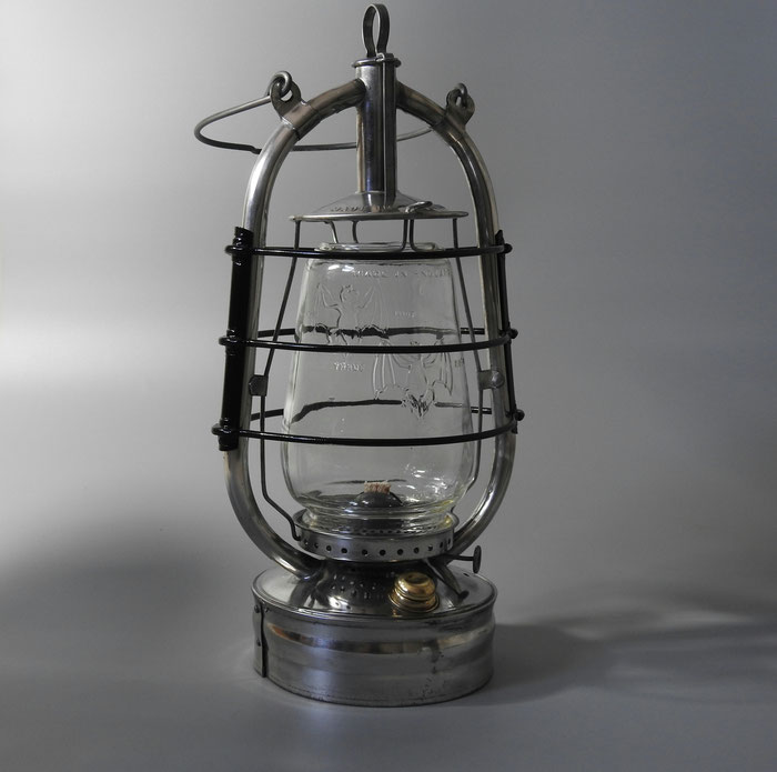 Made in England 'BAT' Kerosene lantern with Double Bat globe. Made by Veritas (Falk, Stadelmann & Co.)
