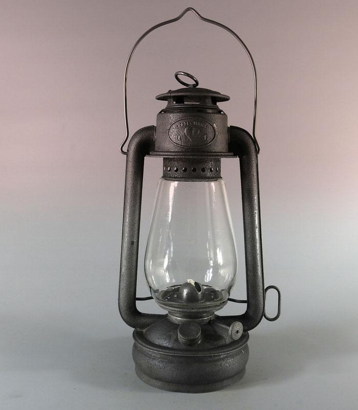 """VIRGO Nr. 337 by Eduard Sommerfeld of Berlin. Export version of the K & T """"Lloyd"""" Kerosene lantern"""