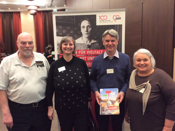 Vielfalt vor Marie Juchacz: Angela Geiger, Roland Herberger, Gabi Teichmann und Thomas Riedel (von rechts)