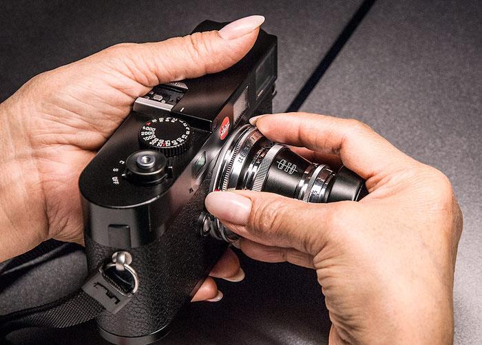 Praxistest Voigtländer Heliar 3,5/50 mm VM, Objektivmontage, Foto: Klaus Schörner