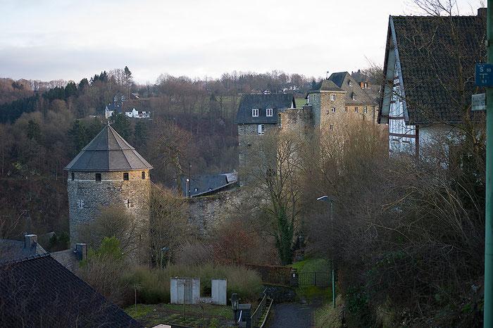 Praxistest Voigtländer Heliar 3,5/50 mm VM, Testmotiv Burg bei Offenblende, Foto: bonnescape