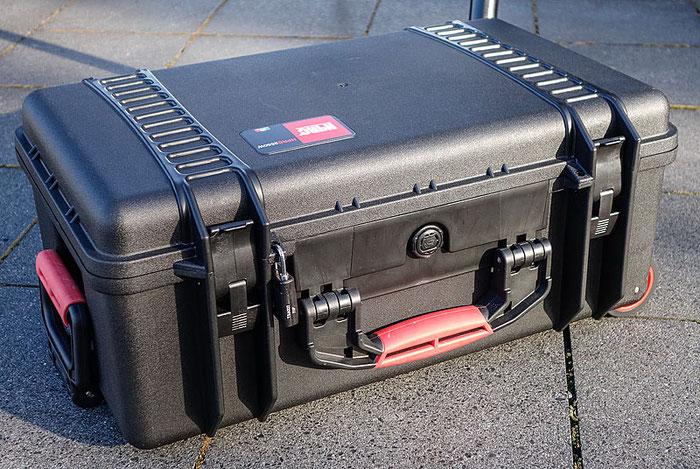 Der HPRC 2550W Hartschalenkoffer mit einem nicht zum Lieferumfang gehörenden Vorhängeschloss. Copyright 2017 by Dr. Klaus Schörner