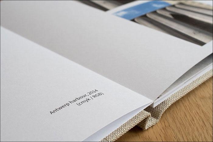Kantenscharfe Typographie im Professional Line Fotobuch von Saal Digital. Foto: bonnescape.de