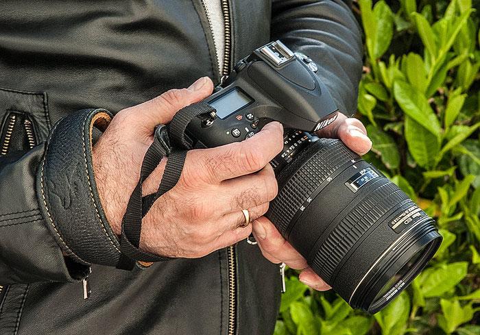 Im Test: Liegt gut in der Hand, die NIKON D750 mit dem Nikkor AF-D 28-70 mm, 1:2,8. Foto: bonnescape