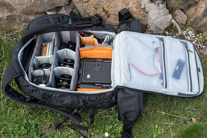 Fotorucksack mit Großformatkamera: LowePro ProTactic 450 AW II. Copyright 2020 by bonnescape.de