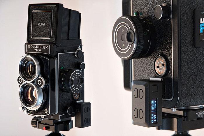 Aufsteck-Belichtungsmesser KEKS EM01 an einer Rolleiflex. Foto: bonnescape