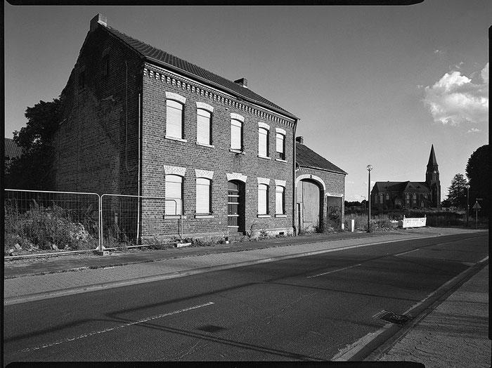 Abandoned House / Verlassenes Haus. GAOERSI 4x5 Großformatkamera. Foto: bonnescape.de