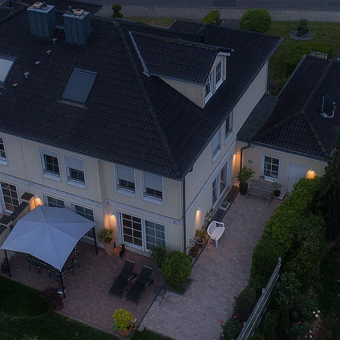 Drohnenfoto Wohnhaus, Foto: bonnescape