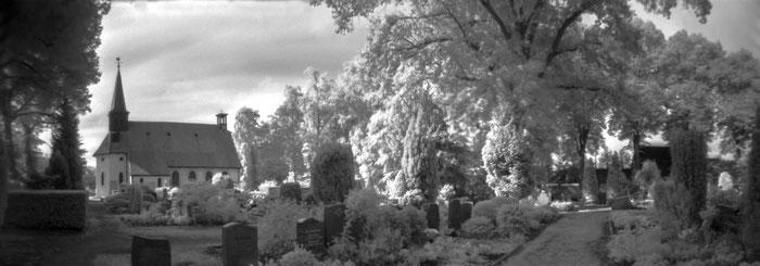 Infrarot-Foto mit Lochbildkamera, Pinhole-Fotografie mit der RealitySoSubtle 6x17cm Lochbildkamera, Praxisbericht Dierk Topp, www.bonnescape.de