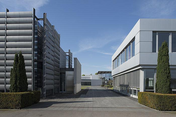 Architekturfoto mit NIKON D4 und PC-E Nikkor 24 mm 1:3,5D ED. Foto: Klaus Schoerner