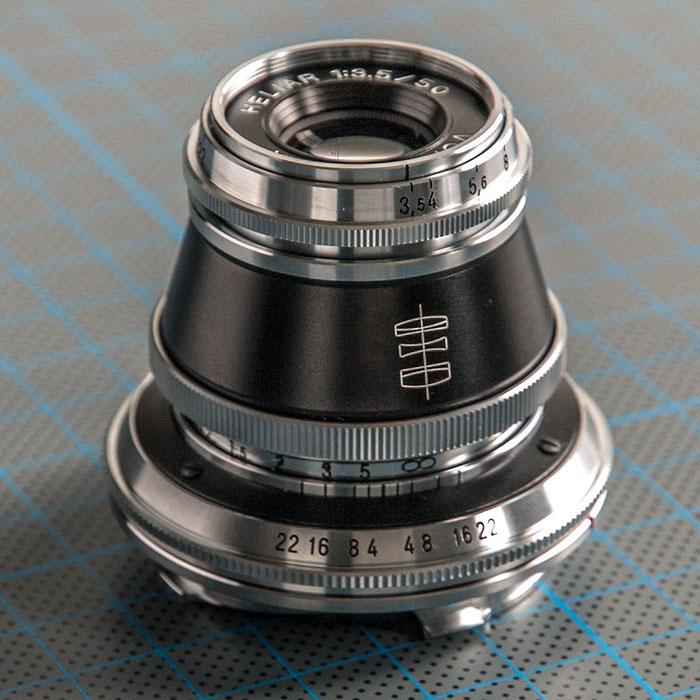 Praxistest Voigtländer Heliar 3,5/50 mm VM, Seitenansicht, Foto: Klaus Schörner