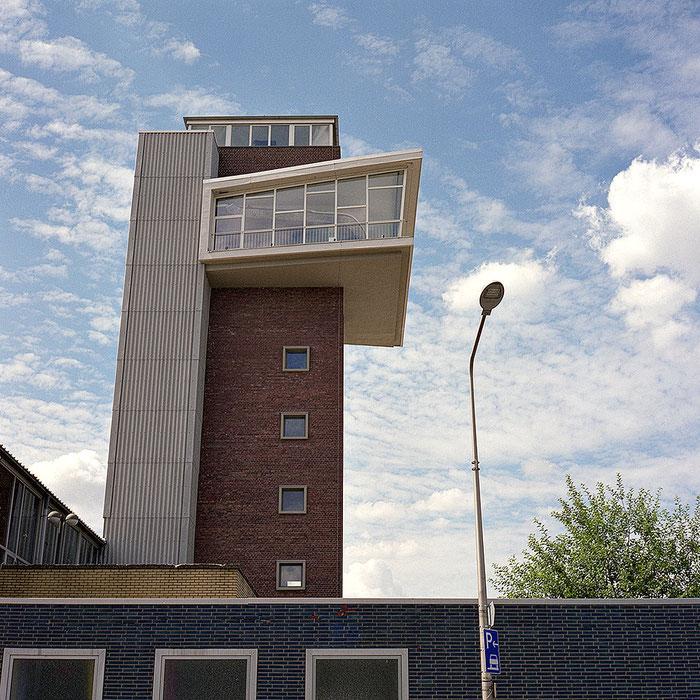 "Praxistest ROLLEIFLEX 2,8 GX, Foto ""Industriearchitektur, Kontrollturm"". Foto: bonnescape"