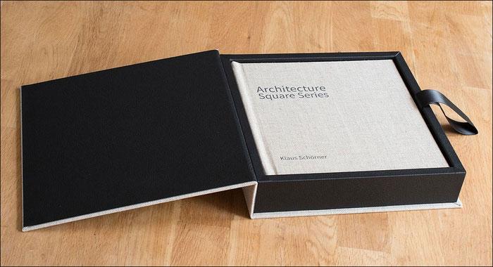 Das fertige Buch in der Geschenkbox, SAAL Digital Professional Line Fotobuch im Test. Foto: bonnescape.de