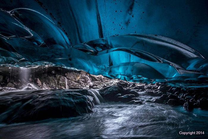 Die Stelle, an der Rolf Lohmann ums Leben kam. Eishöhle im Vatnajökull Gletscher, Island 2014.