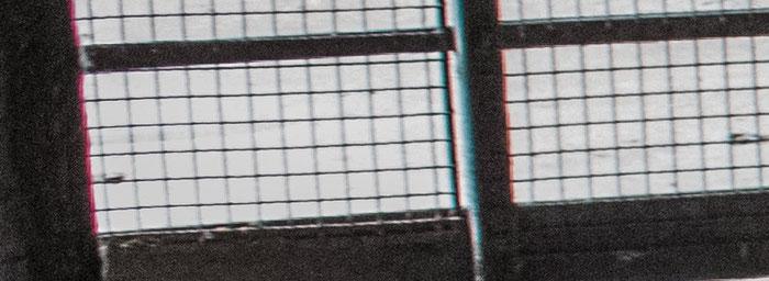Praxistest NIKON D850, AF-S 28-70 mm 1:2,8, Landschaftspark Duisburg, Kellerabgang, CAs Bildecke links oben. Foto: bonnescape