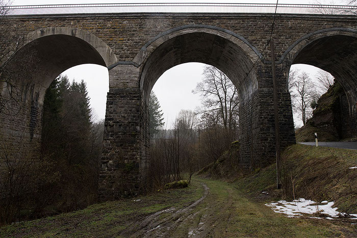 Architekturfoto Viadukt, Vergleich NIKON Z7 mit AF-S 14-24 mm 1:2,8 G ED vs. Z 14-30 mm 1:4 S. Foto: bonnescape.de