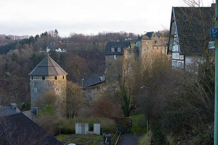 Praxistest Voigtländer Heliar 3,5/50 mm VM, Testmotiv Burg bei Blende 8, Foto: bonnescape