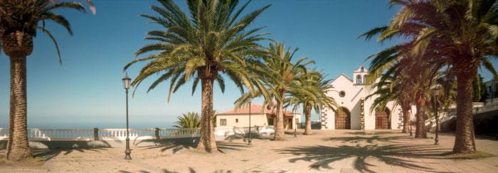Kirche von Santo Domingo, La Palma, Pinhole-Fotografie mit der RealitySoSubtle 6x17cm Lochbildkamera, Praxisbericht Dierk Topp, www.bonnescape.de