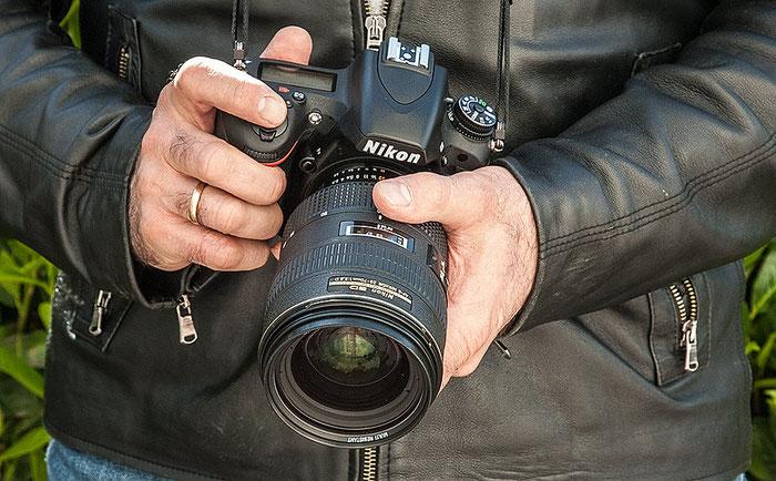 Im Test: Handling der NIKON D750 mit dem Nikkor AF-D 28-70 mm, 1:2,8. Foto: bonnescape