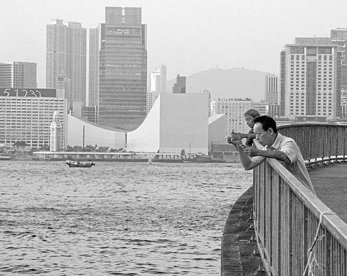 Private Angler am Hafen von Hong Kong. Foto: Klaus Schoerner