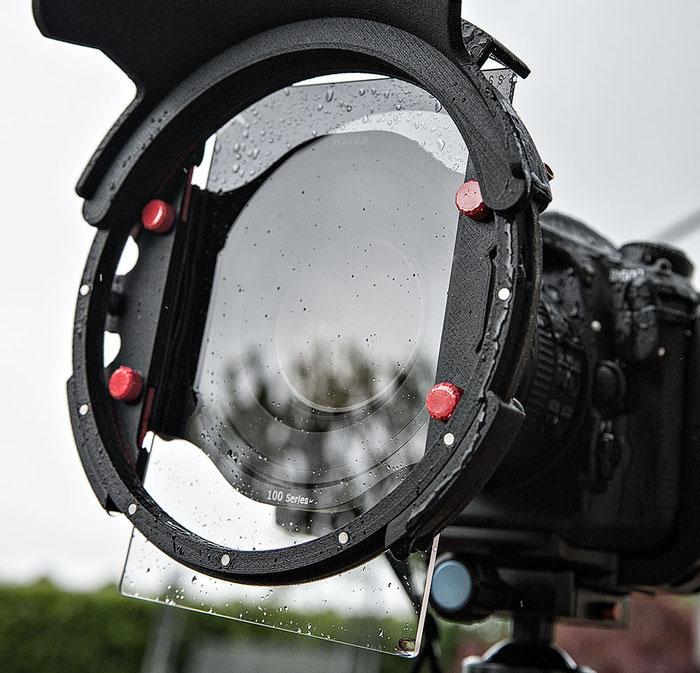 Praxistest: Der Filterprotector mit Weitwinkelblende und Rechteckfilter von Manfred Zober-Frede nach dem Einsatz im Regen. Bleibt die Filterscheibe tropfenfrei?, www.bonnescape.de