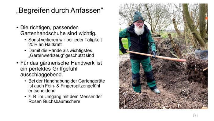 """Foto: Petra Schweim (Appelbarg) - """"Begreifen durch Anfassen"""" - Gartenbotschafter John Langley®"""