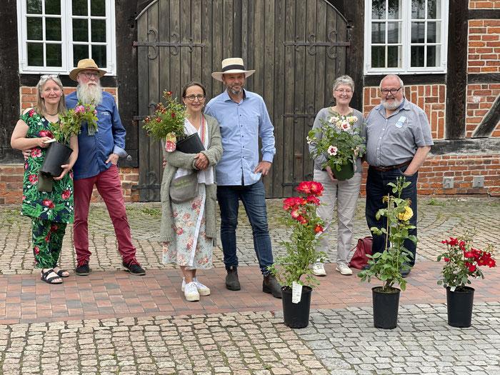 Foto: Tammo Hinrichs - BU: Petra Schweim, John Langley, Ela Merz, Jan D. Janßen, Giesela Wiese, Prof. Rolf Wiese