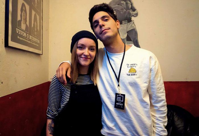 Unsere Redakteurin Alisa mit Nico Laska