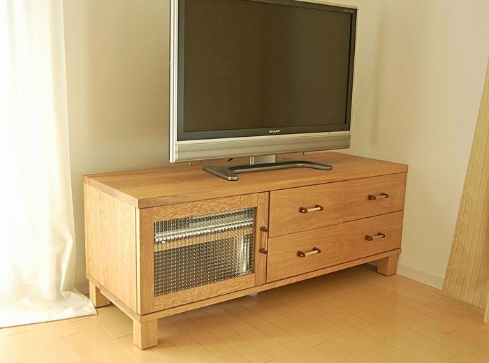 コンパクトなテレビ台(川崎市・C様邸)