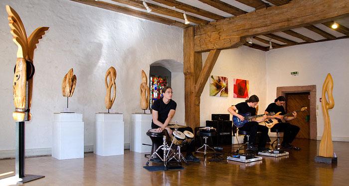 KEPHALO, Michelstadt, Odenwaldmuseum, Gunnar Mozer, Holzskulpturen