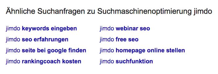 Unter den allen Suchergebnissen auf der ersten Seite zeigt euch Google verwandte Suchanfragen.